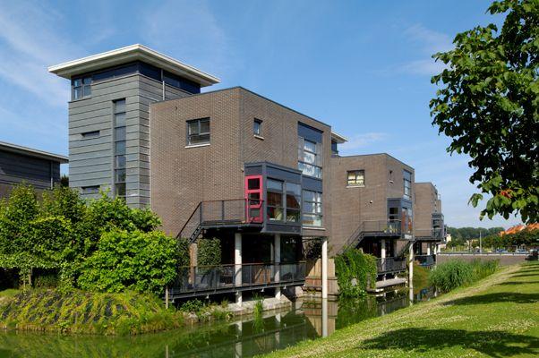 Woonpark Riederveste, Dordrecht. Bouwbedrijf: Heijmans N.V.